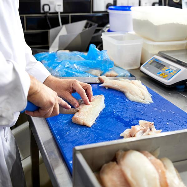 Portioning fish