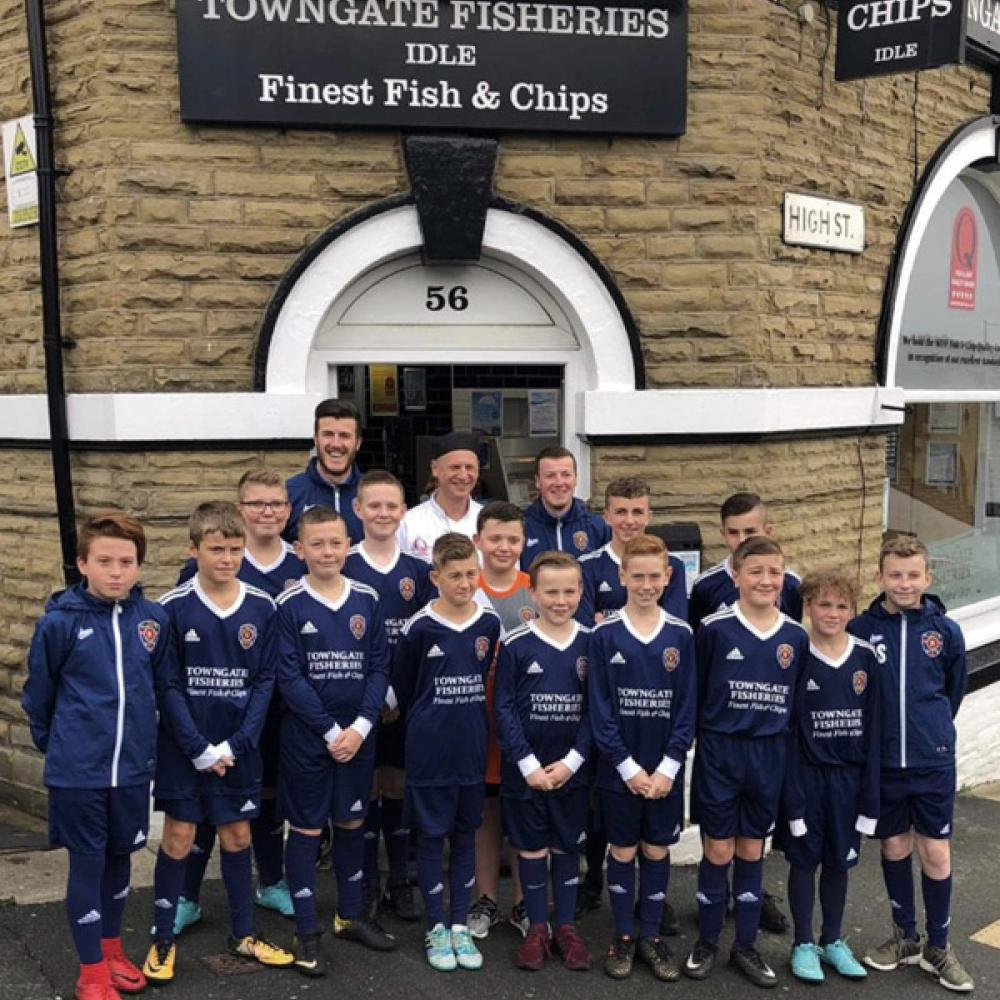 Idle Juniors under 12s team, sponsored by Towngate Fisheries